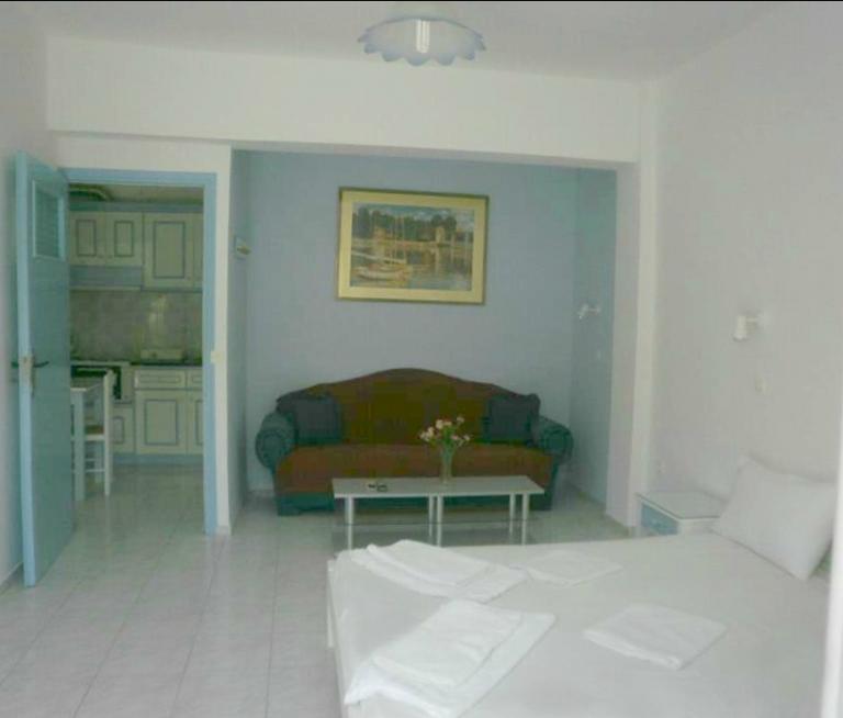 Διαμέρισμα πεντακλινο1