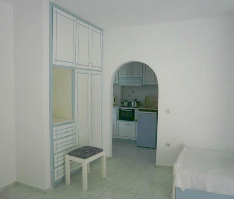 Single room semi basement studios